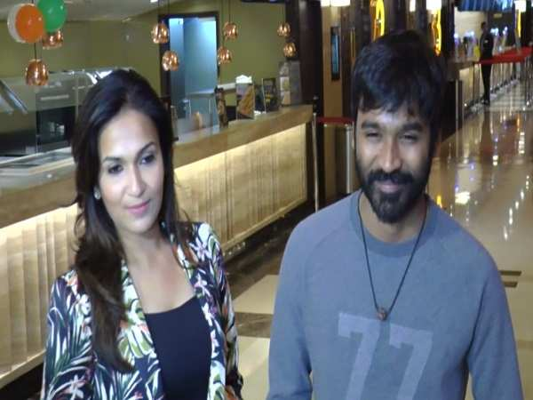 Dhanush & Soundarya at 'VIP 2' screening