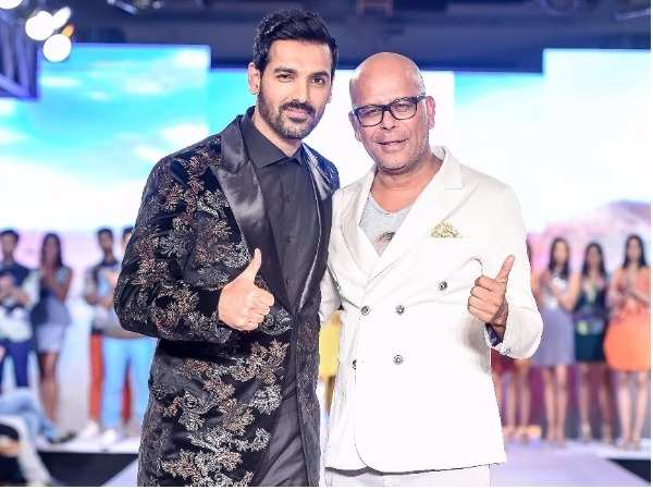 John Abraham walks the ramp for Narendra Kumar at Bombay Times Fashion Week