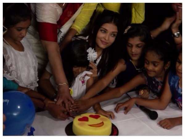 Aishwarya Rai Bachchan sponsors surgery for 100 children