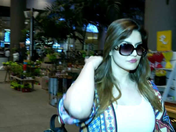 Zareen Khan spotted at an airport
