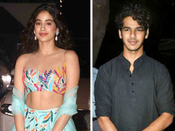 Janhvi Kapoor spotted at Ishaan Khatter's residence