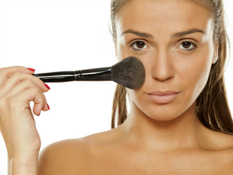 Try not to makes these mistakes when you're concealing pimples