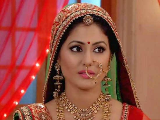 Yeh Rishta Kya Kehlata Hai Here S Why Hina Khan Quit Yeh Rishta Kya