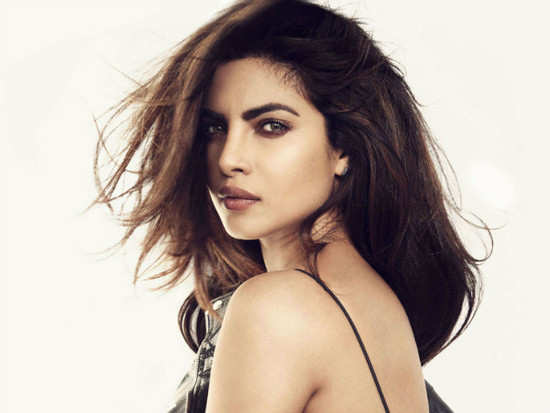 Priyanka Chopra titled as 'World's 2nd Most Beautiful Woman'