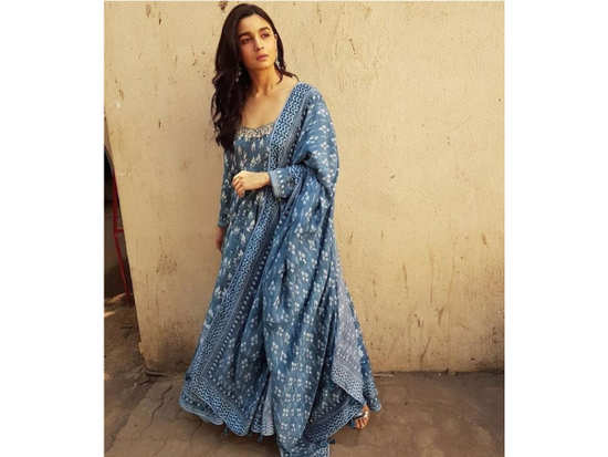98503a1c08b0e8 Alia Bhatt kicks off  Raazi  promotions with this gorgeous Anita Dongre  outfit