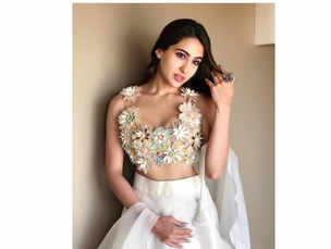 Sara Ali Khan's latest look takes the floral trend to next levels of looking dreamy!