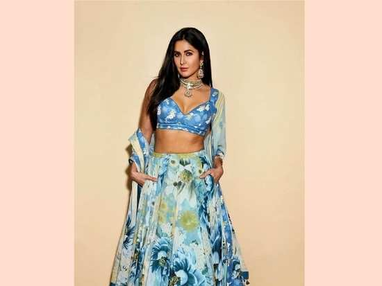 b5363420451 Katrina Kaif s latest outfit is the perfect summer look you can recreate